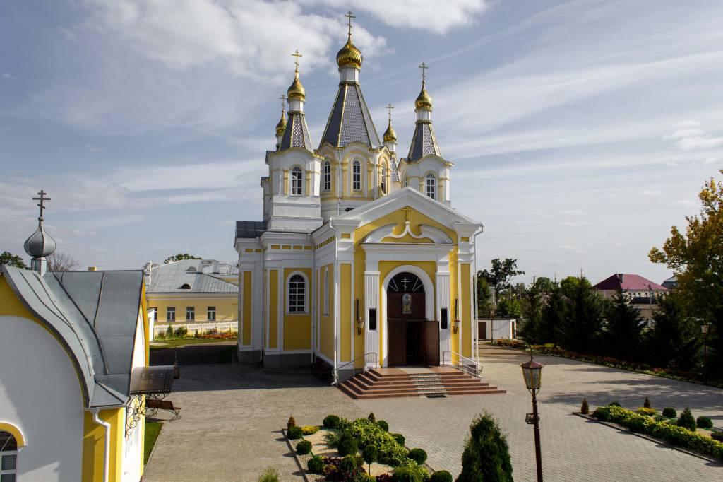 Александро-Невский Собор.jpg